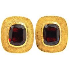 10.00 Carat Natural Garnet Cufflinks 14 Karat
