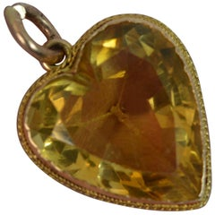 Rare Victorian Heart Cut Large Citrine and 15 Carat Gold Pendant, 1857