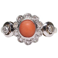 Antique Late Victorian 18 Karat Gold Coral and Diamond Ring