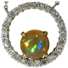 2.60 Carat Natural Vibrant Opal Diamond Necklace 14 Karat