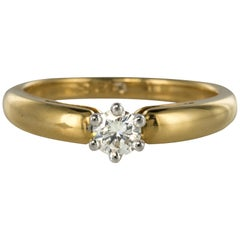 Contemporary 0.26 Carat Diamond Yellow Gold Solitaire Ring