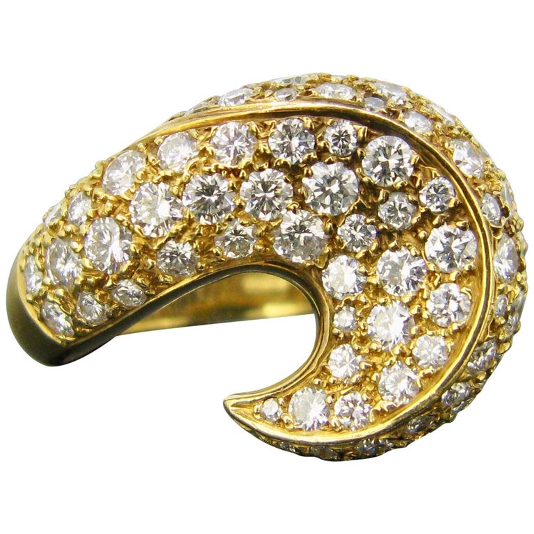 Contemporary Yellow Gold Diamond Design Wave Cocktail Ring