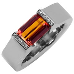 Steven Kretchmer Hard Omega ring 18KW with a Tension-Set  2.27ct Orange Sapphire