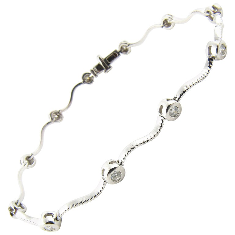 14 Karat White Gold Diamond Bracelet