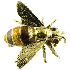18 Karat Yellow Gold and Ruby Bumble Bee Brooch