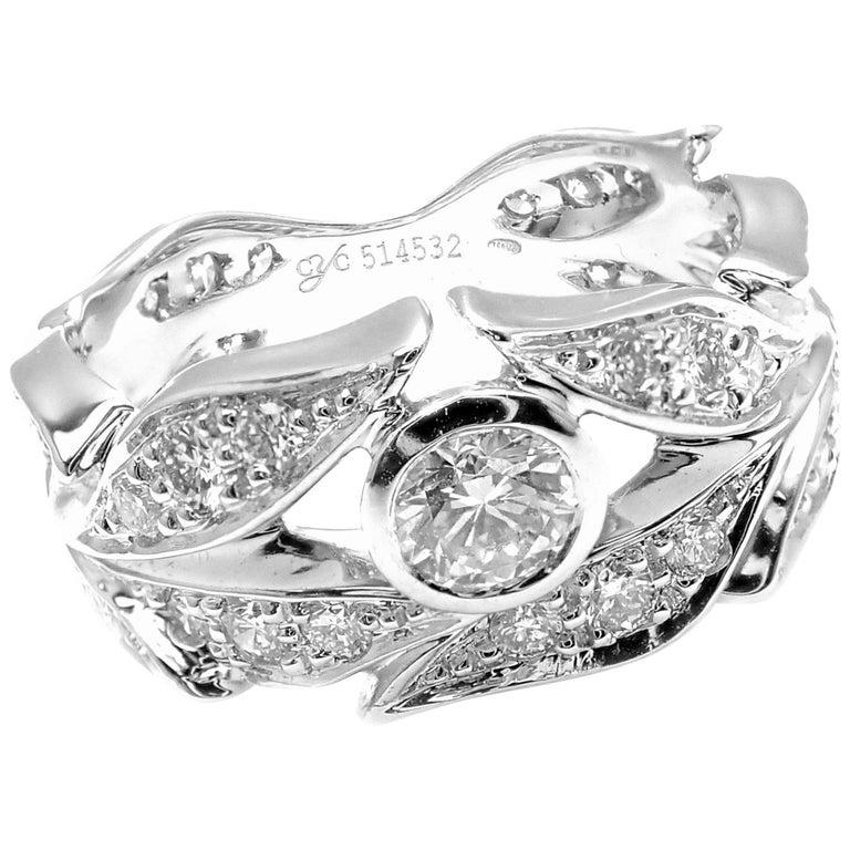 Carrera Y Carrera Mi Princes Greco Roman Diamond Crown White Gold Band Ring