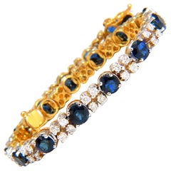 10 Carat Natural Blue Sapphire 2.50 Carat Diamonds Bracelet 14 Karat