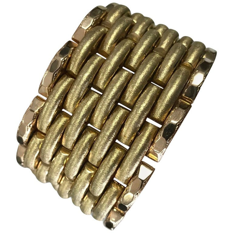 Vintage 18 Karat Gold Bracelet, Solid, Woven Textured Design Heavy