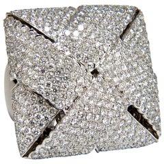 7.15 Carat 3D Unisex Cross Weave Dome Diamond Ring 18 Karat