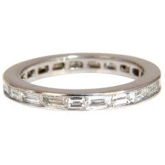 .70 Carat Natural Baguette Diamonds Eternity Ring 14 Karat G/Vs-2