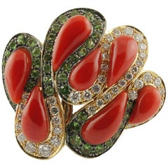 Coral Diamonds Tsavorite 18 Karat Yellow Gold Ring