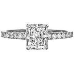 1.55 Carat Radiant Cut Diamond Engagement Ring on 18 Karat White Gold