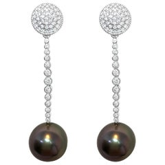 South Sea Black Pearls Diamonds 18 Karat Gold Earrings