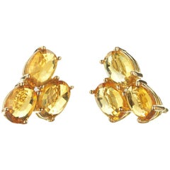 18 Karat Yellow Gold Orange Sapphire, 3.83 Carat Ombré Stud Earring Set
