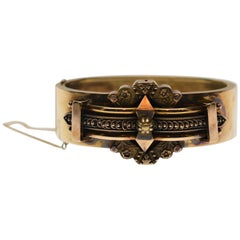 Antique English Victorian 14 Karat Yellow Gold Cuff