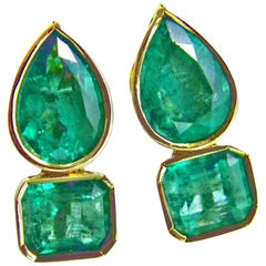 4.60 Carat Magnificent Natural Emerald Earrings 18 Karat Gold