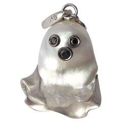 Ghost Australian Pearl Black Diamond 18 Karat Gold Charm/Pendant Necklace