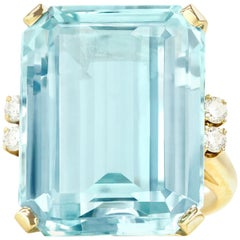 33 Carat Aquamarine and Diamond Set Gold Ring
