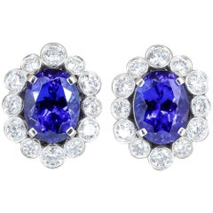 Van Cleef & Arpels Tanzanite Diamond Platinum Cluster Earrings