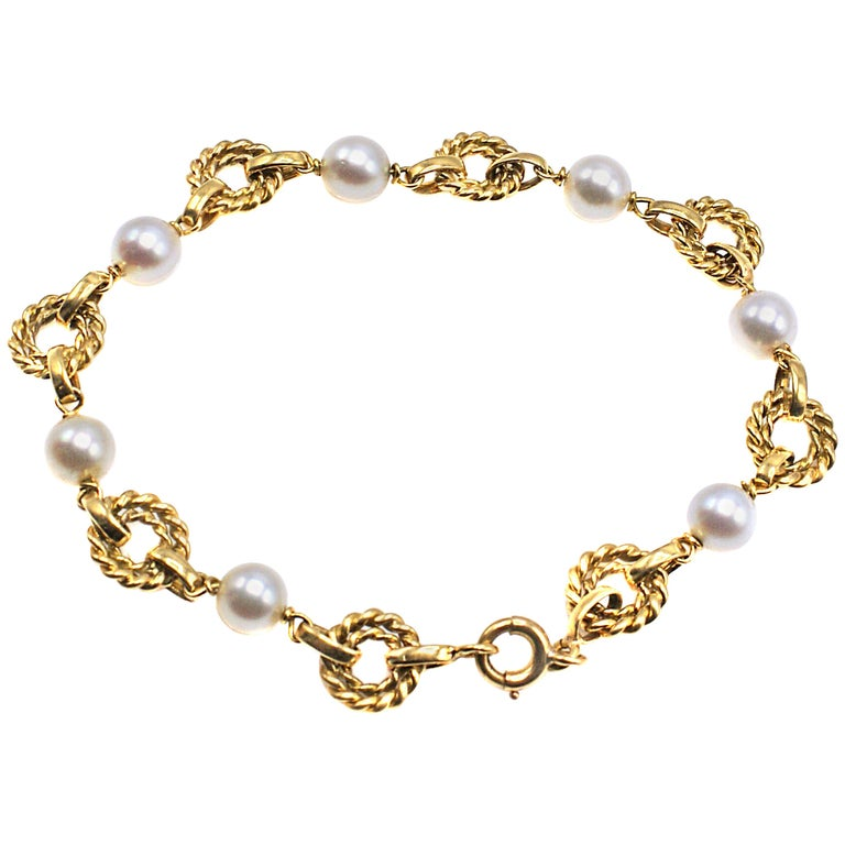 French 18 Karat Gold and Pearl Link Bracelet