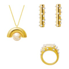 18 Karat Gold Bubble Pearl Cocktail Ring, Earrings, Anneal Pearl Necklace Suite