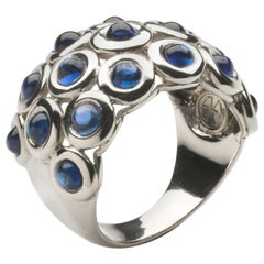 18 Karat White Gold Bombe Ring Studded with Cabochon Sapphires