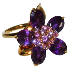 Rare Moveable Van Cleef & Arpels Moveable Amethyst Flower Ring