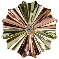 3D 14 Karat .30 Carat Diamond 1970s Sunburst Brooch Pin