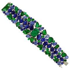 18 Karat White Gold Emerald Sapphire and Diamond Bracelet
