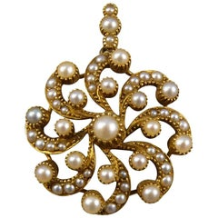 Late Victorian Pendant and Brooch with Seed Pearls in Yellow Gold