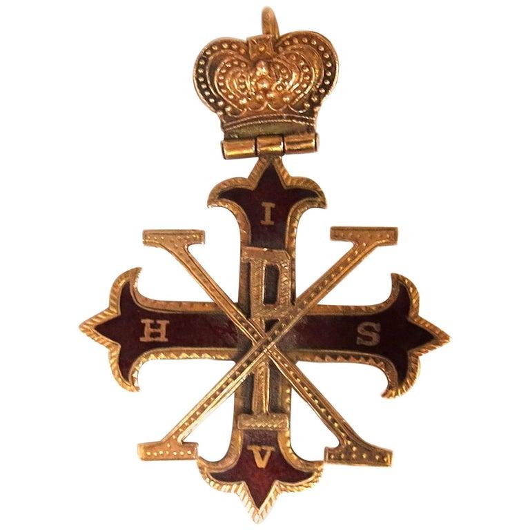 14 Karat Gold Antique Medalion Charm / Pendant For Sale