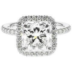 3.01 Carat Radiant Cut Diamond Engagement Ring GIA in Platinum Diamond Halo