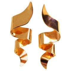 14 Karat Swirl Wave Earrings under Lobe Retro High Shine
