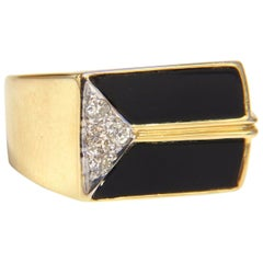 .10 Carat Diamonds Onyx Men's Pinky Ring 14 Karat