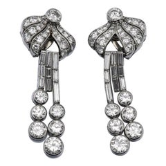French Art Deco Diamond and Platinum Earrings Ear Pendants