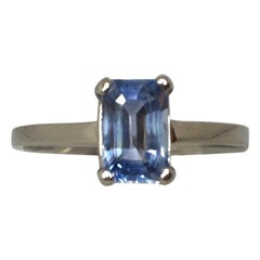 Ceylon 1.00 Carat Emerald Cut Blue Sapphire 14 Karat White Gold Solitaire Ring