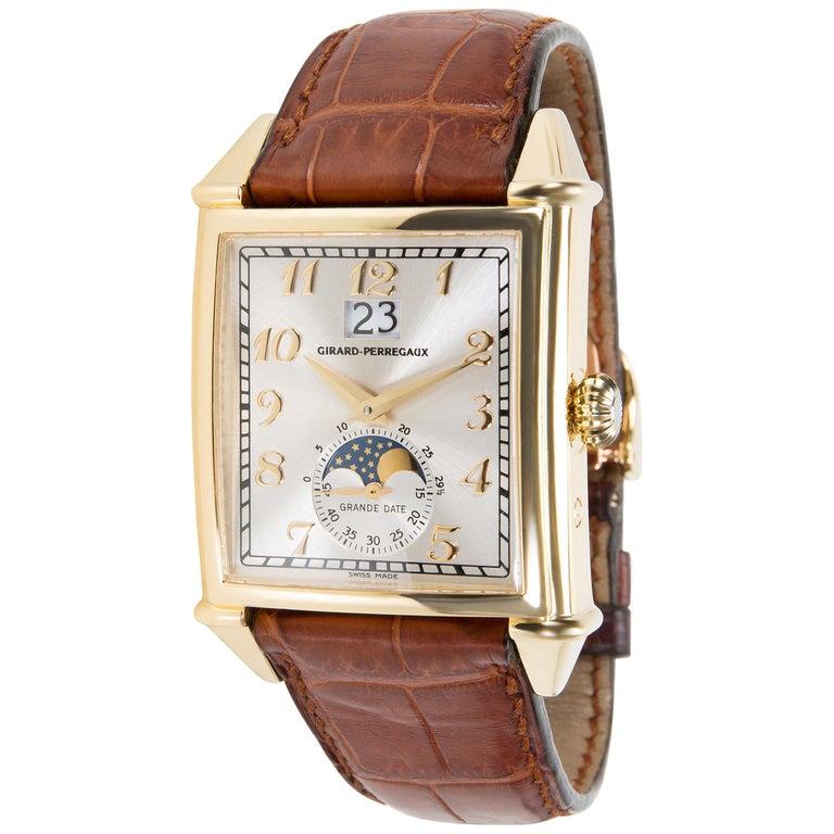 Girard Perregaux Vintage 1945 2580 Men's Watch in 18 Karat Yellow Gold