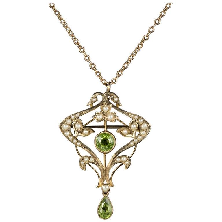 Antique Victorian Pendant Necklace Peridot Pearl 9 Carat Gold, circa 1900