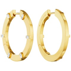 Cadar Prime Hoop, 18 Karat Yellow Gold and White Baguette Diamonds, Medium
