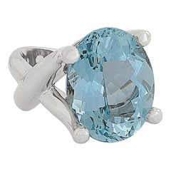 Stunning 12.57 Carat Aquamarine Cocktail Ring