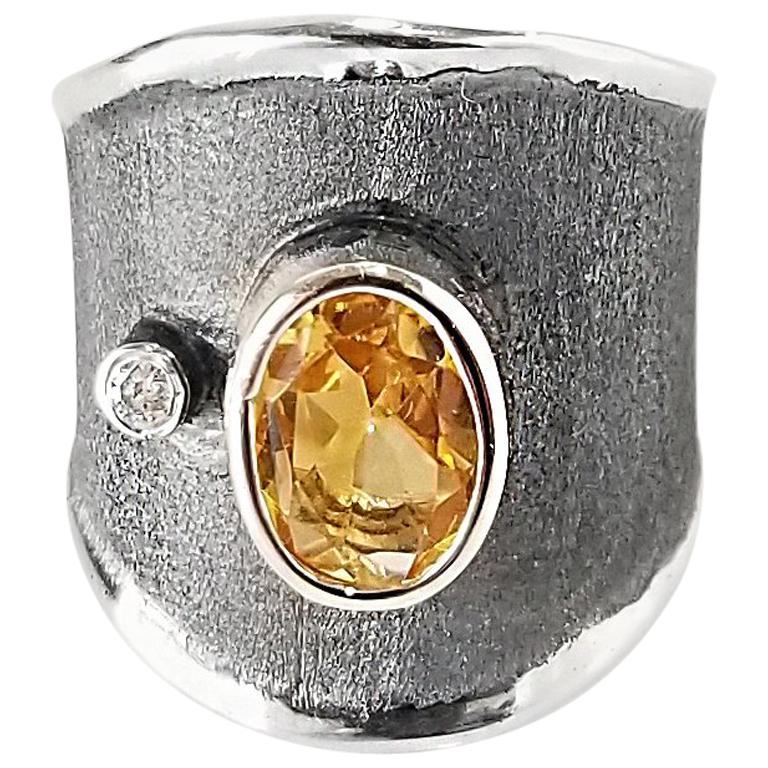 Yianni Creations 1.25 Carat Citrine and Diamond Fine Silver and Rhodium Ring For Sale