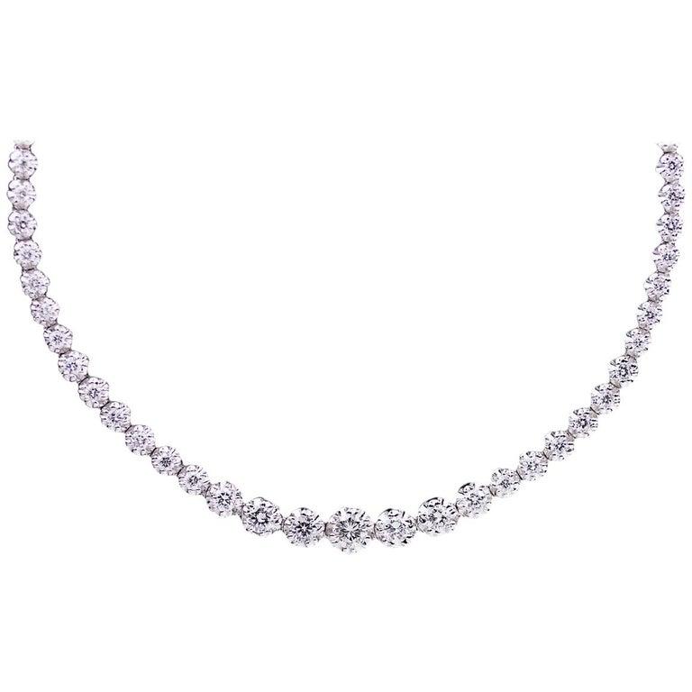 18 Karat White Gold 3.33 Carat Round Diamond Riviera Tennis Necklace