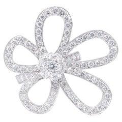 Van Cleef & Arpels Flowerlace Ring White Gold, Diamond