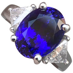 5.00 Carat Tanzanite and Trillion Diamond Ring Set in 18 Karat W, Ben Dannie