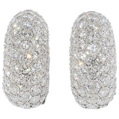 Pair of Earrings with Opulent Sparkling Diamond Trimming, 18 Karat Gold