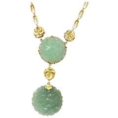 Art Nouveau Carved Jade 14 Karat Gold Drop Necklace