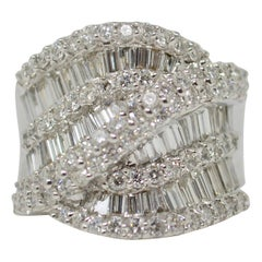 3.39 Carat White Round Brilliant And Baguette Diamond Cocktail Ring In 18K Gold