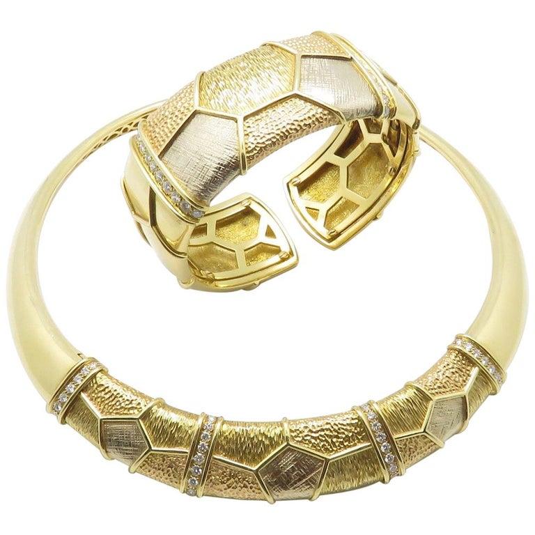 Van Cleef & Arpels Diamond Three Gold Necklace-Bracelet For Sale