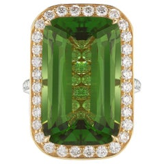 18 Karat Yellow Gold Emerald-Cut Peridot 'Valentina' Ring, 16.26 Carat