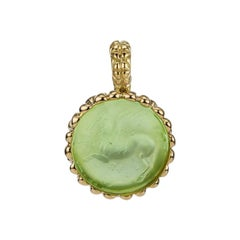 18 Karat Yellow Gold Pastel Green Pendant